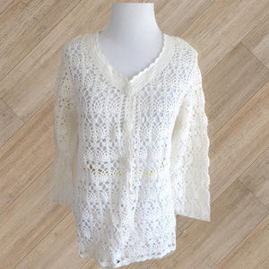 NWOT/ CAROLYN TAYLOR WHITE CROCHET  SWEATER